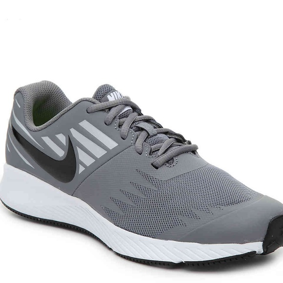 ef19e1a8ee7f20 NEW Nike STAR RUNNER YOUTH SNEAKER. M 5bf07864534ef921b8a7d834
